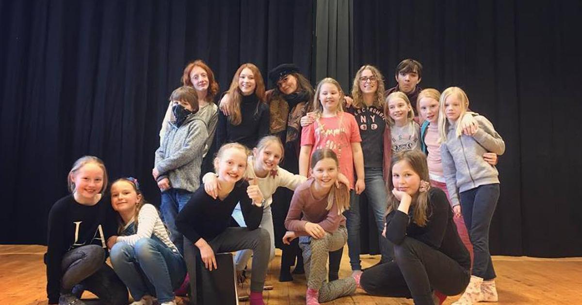"""Teaterkurs """"Podium"""" for barn 9-12 år"""